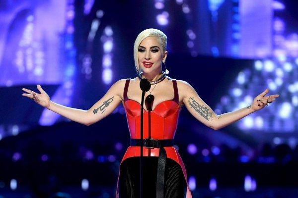 Lady Gaga: ABD Başkan Yardımcısı bu utanç size ait