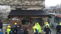 Sağır Han'ın üstündeki kaçak yapılar yıkıldı