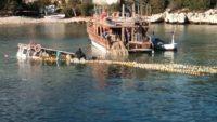 Şiddetli fırtına, balıkçı teknesini batırdı