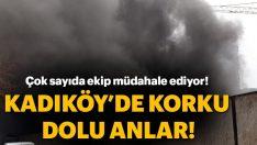 Kadıköy'de şantiye alanında inşaat malzemeleri yanıyor