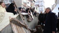 Erdoğan, Kartal'da Çöken Binada İncelemelerde Bulundu