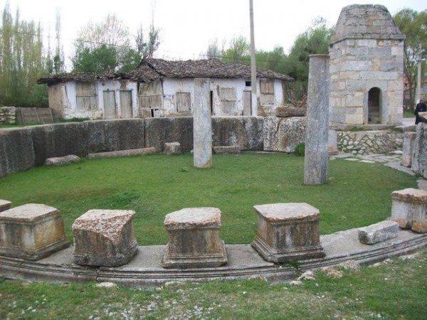 Aizonai Antik Kenti'ni bir yılda 80 bin kişi ziyaret etti