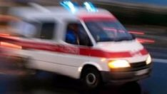 Alkollü kişi 2 kişiyi bıçakla yaraladı