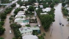 Avustralya'da sel hayatı felç etti