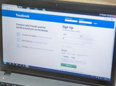 Facebook ana sayfasının yıllar içindeki değişimi