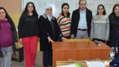 İzmir'de görme engelli öğretmenden Braille alfabesi