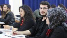 30 kız öğrencinin içinde tek erkek öğrenci kaldı