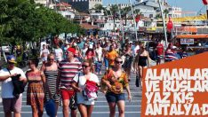 Antalya'ya en çok Ruslar ve Almanlar geliyor