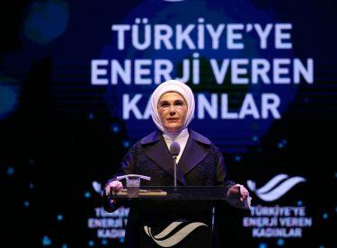 """Emine Erdoğan: """"Karar Süreçlerinde Kadınların Eksikliği Tüm Toplumu İlgilendiren Bir Noksanlık"""""""
