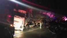 Erdoğan'ın konvoyuna eşlik eden polisler kaza yaptı