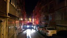 Fatih'te 4 katlı binada yangın: 1 ölü