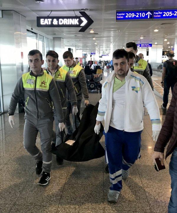 Kanser hastası İtalyan yolcu havalimanında öldü