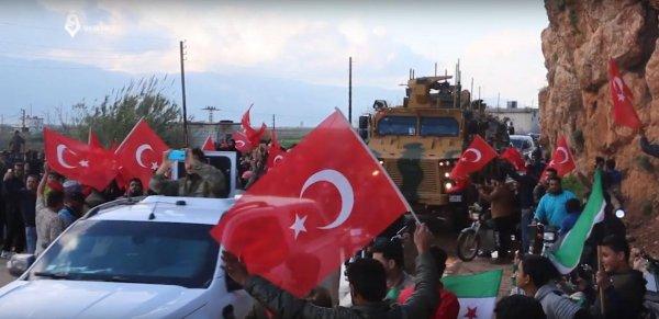 Mehmetçik'e İdlib'de coşkulu karşılama