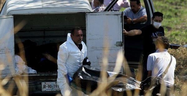 Meksika'da siyah poşetler içinde 19 ceset bulundu