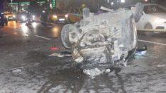 Şişli'de otomobil takla attı: 2 yaralı