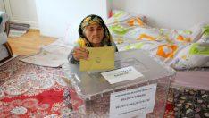Sağlık Bakanlığı: 15 Bin 301 Seçmen Seyyar Sandıklarda Oy Kullandı