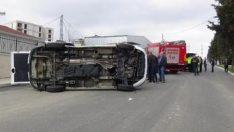 Sancaktepe'de minibüs devrildi: 4 yaralı