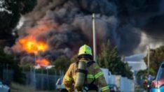 Avustralya'da kimyasal atık fabrikasında yangın