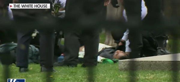 Beyaz Saray önünde bir kişi kendisini ateşe verdi