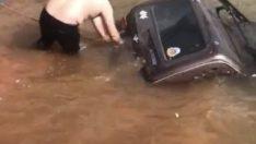 Fotoğraf çektirmek isterken off-road aracıyla suya gömüldü