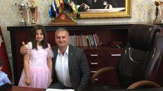 Başkan Necip Topuz, Koltuğunu Çocuklara Devretti