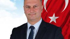 Karataş Belediye Başkanı Topuz, Çiçek Yerine Kitap İstedi